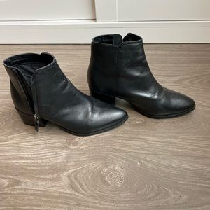 Topshop leather Chelsea boots
